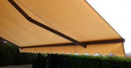 Cambia solo il tessuto della tua tenda da sole.