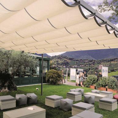 galleria installazioni di tende da sole, immagine 12 di 47